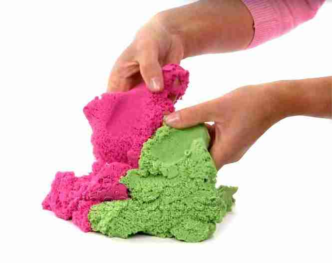 kinetic sand red and green